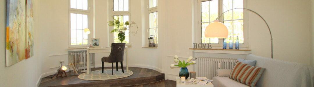 Arbeits- und Gästezimmer im Altbau nach dem Homestaging durch Nicole Biernath von Blickfang Homestaging in Soest