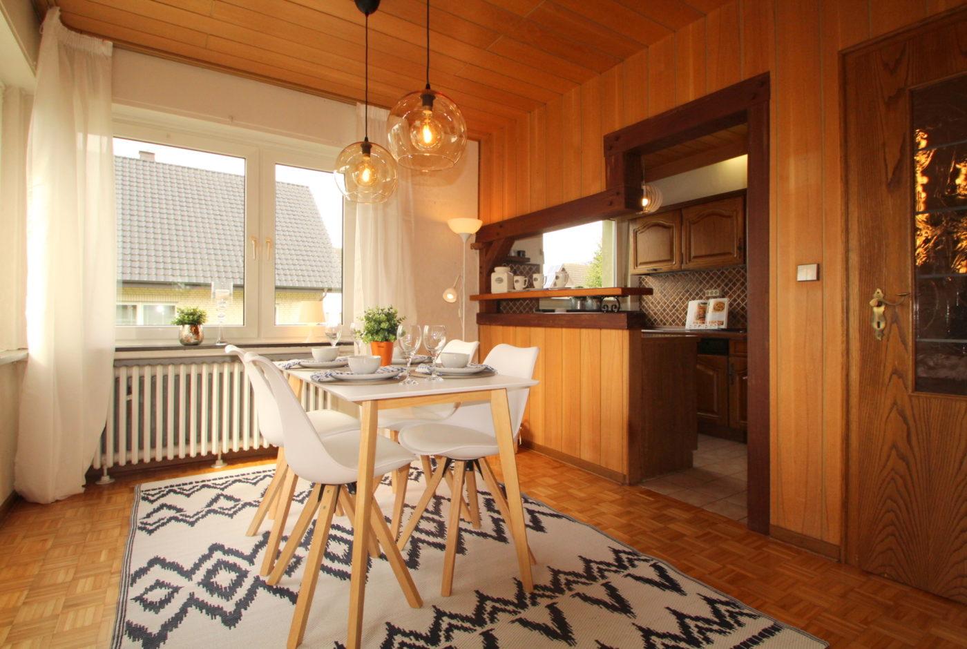 Blickfang Homestaging Wir sorgen für eine stimmungsvolle und ansprechende Immobilienpräsentation, die alle Sinne begeistert. Begeisterung bei Kaufinteressenten sorgt für Nachfrage und den bestmöglichen Kaufpreis