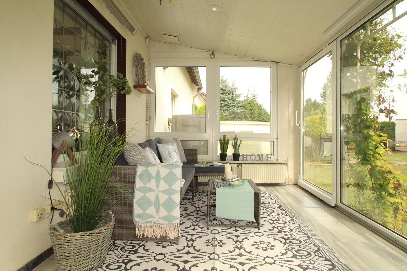 Diese zuvor leere und geerbte Immobilie in Anröchte wurde erst durch Home Staging nach nur einer Besichtigung und zum Bestpreis verkauft. Blickfang Homestaging sind DIE Experten im Kreis Soest, wenn es um Home Staging geht