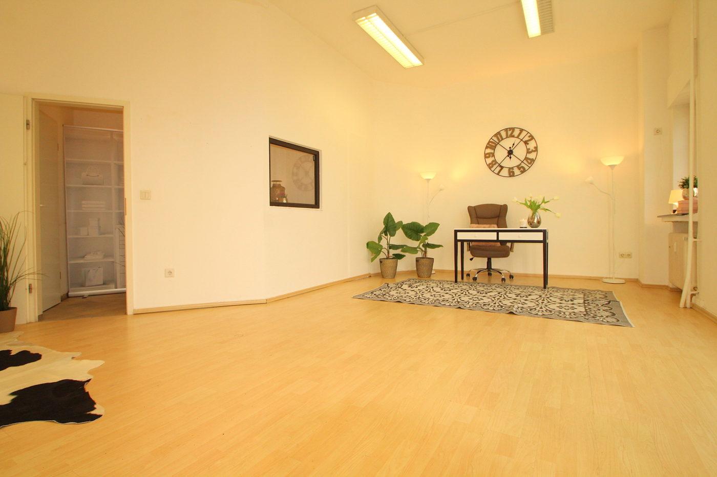 Zeigen Sie mit Blickfang Home Staging das volle Potenzial Ihrer Immobilie. Home Staging lohnt sich auch bei kleinen Flächen wie dieser kleinen Gewerbeeinheit in Soest
