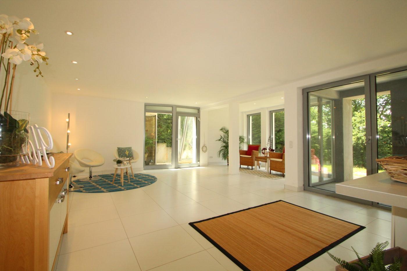 Nachher Foto Blickfang Homestaging - Ansprechende Innenrauminszenierung - Immobilien erfolgreich verkaufen