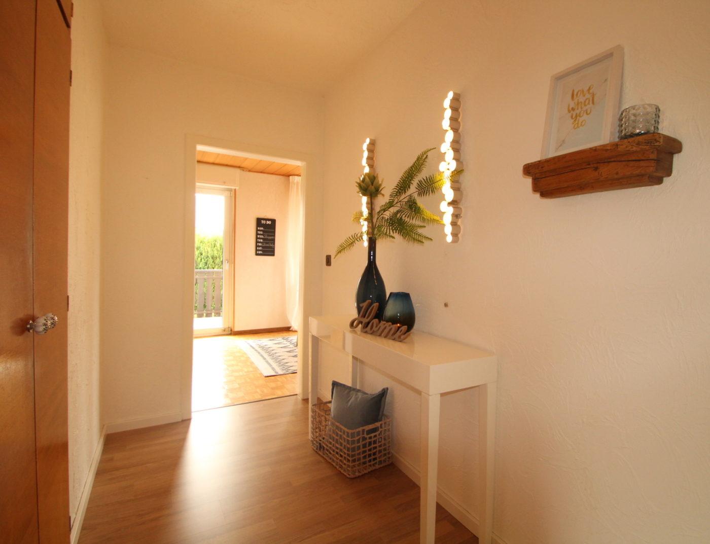 Stimmungsvolle Kaufatmosphäre schaffen mit Blickfang Homestaging aus Soest. So verkauft man Immobilien heute!