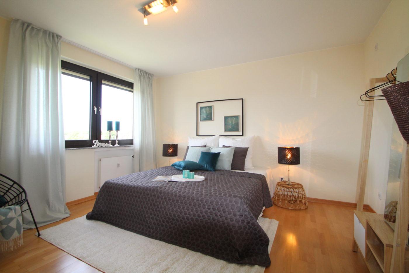 Schlafzimmer nach dem Homestaging durch Nicole Biernath von Blickfang Homestaging in Soest