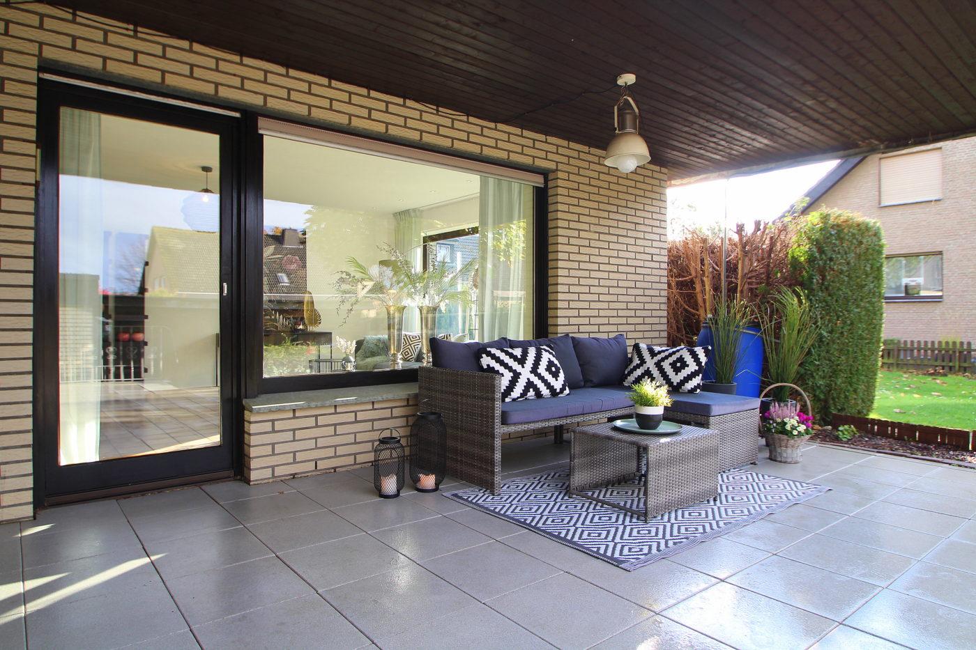 Terrasse nach dem Homestaging durch Nicole Biernath von Blickfang Homestaging in Soest