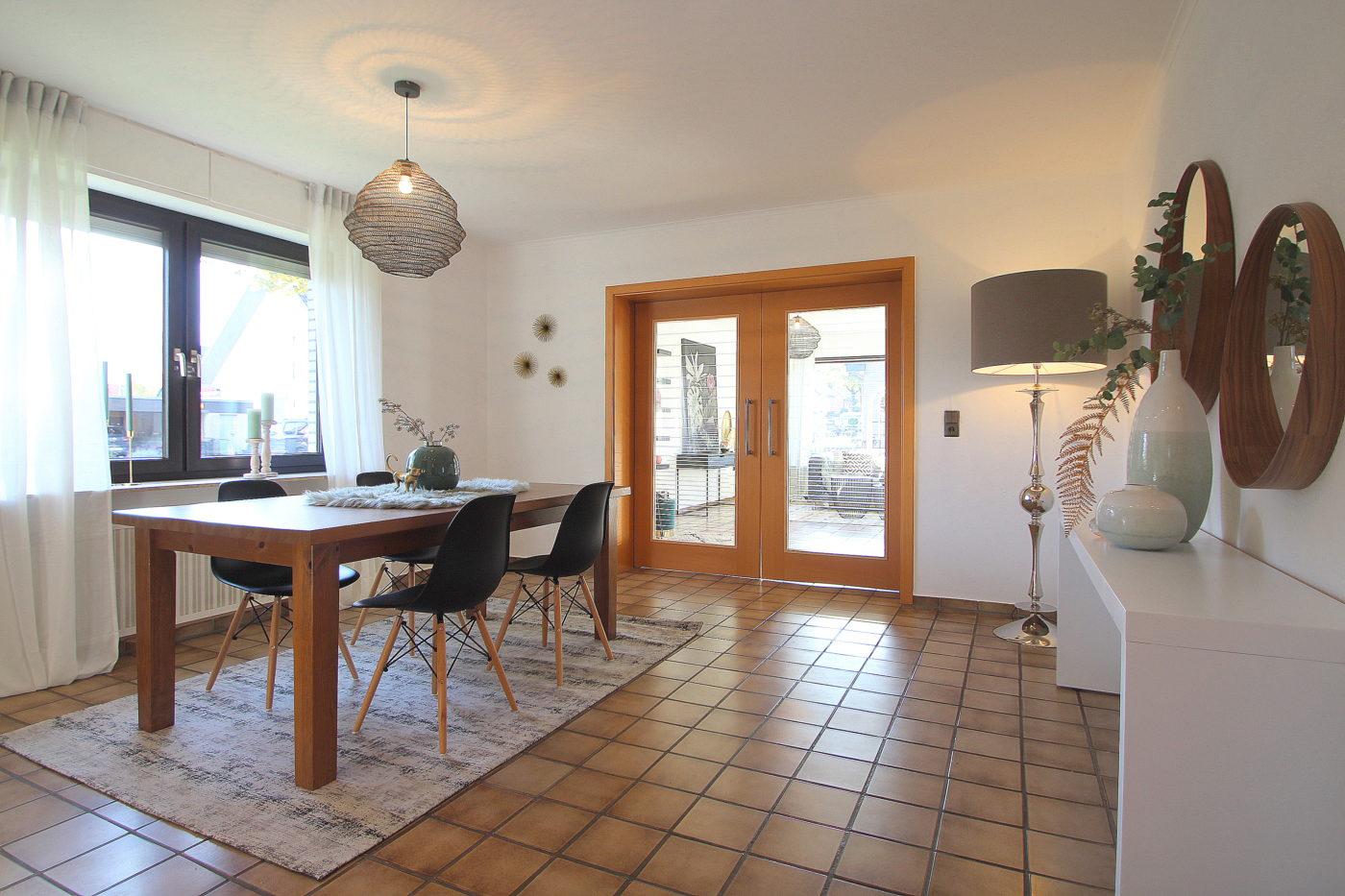 Wohn- und Esszimmer nach dem Homestaging durch Nicole Biernath von Blickfang Homestaging in Soest