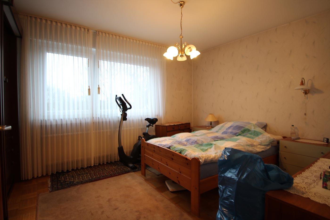 Vorher Foto vom Schlafzimmer. Blickfang Homestaging in Soest