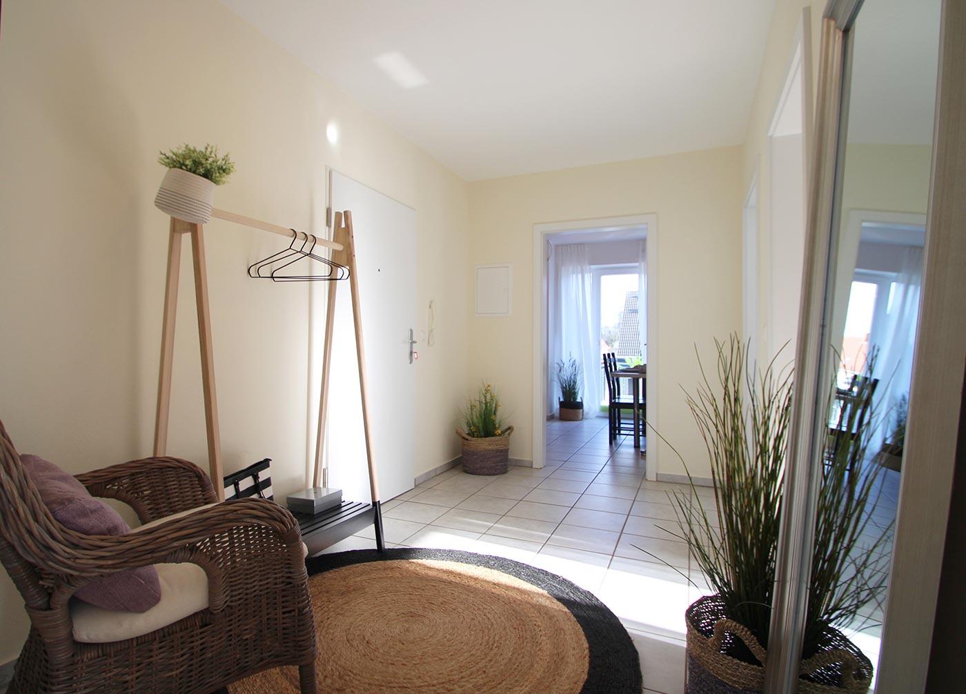 Flur und Eingangsbereich nach dem Homestaging durch Nicole Biernath von Blickfang Homestaging in Soest
