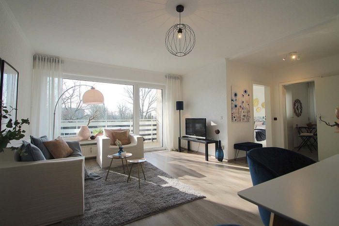 Das Wohnzimmer nach dem Homestaging durch Nicole Biernath von Blickfang Homestaging in Soest