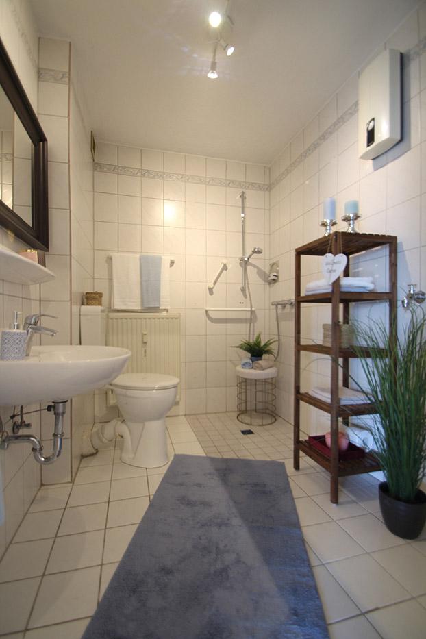 Das Duschbad nach dem Homestaging durch Nicole Biernath von Blickfang Homestaging in Soest