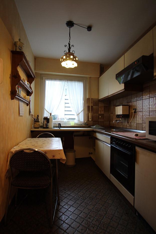 Vorher Foto der Küche. Küche vor dem Homestaging durch Blickfang Homestaging in Soest