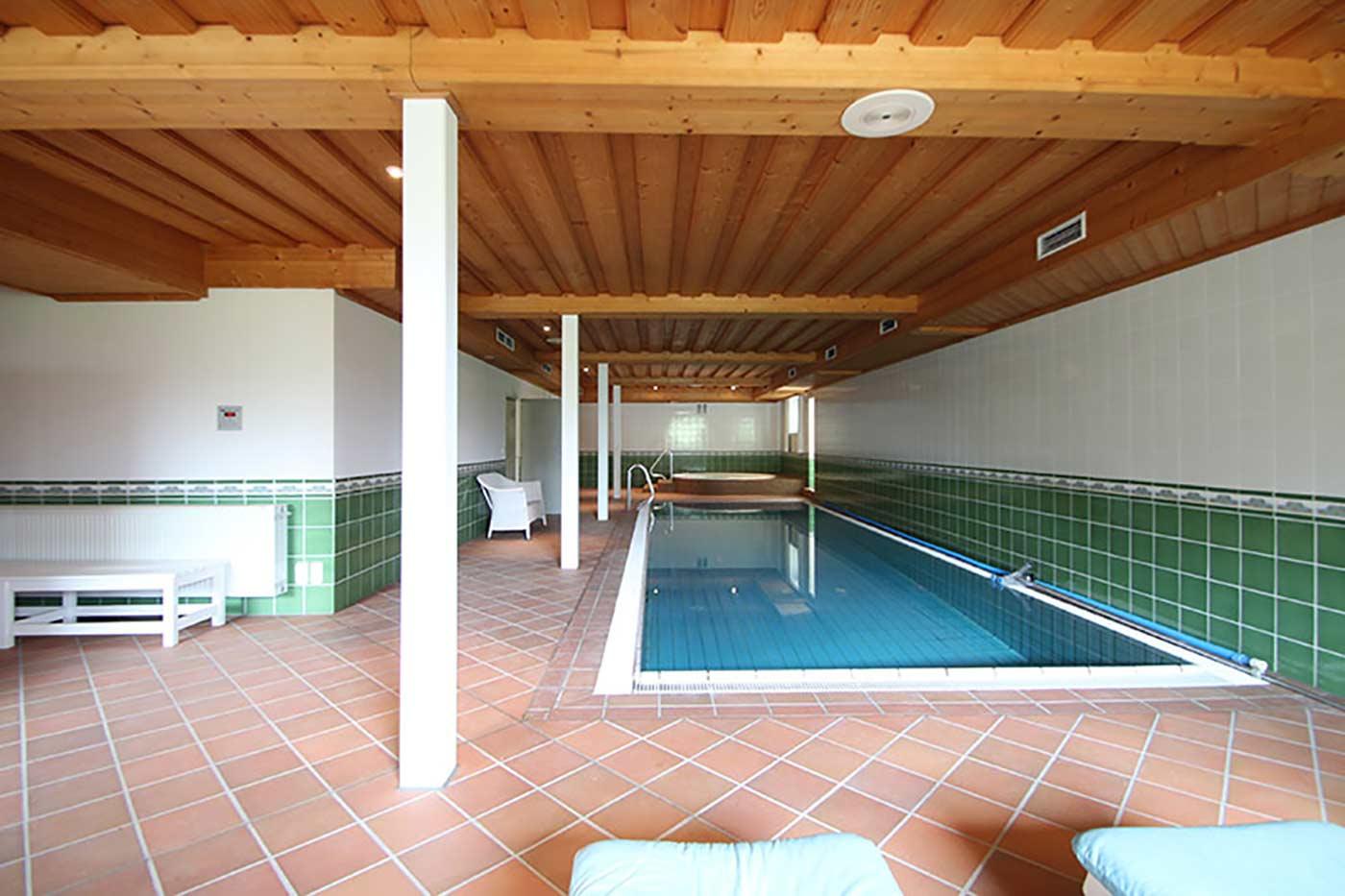 Vorher-Foto vom Schwimmbad und Pool | Blickfang Homestaging in Soest