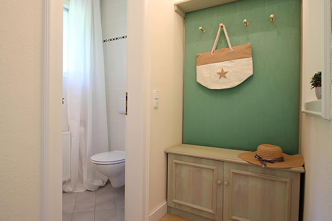 Homestaging für den Flur und die Garderobe durch Blickfang Homestaging - Nicole Biernath