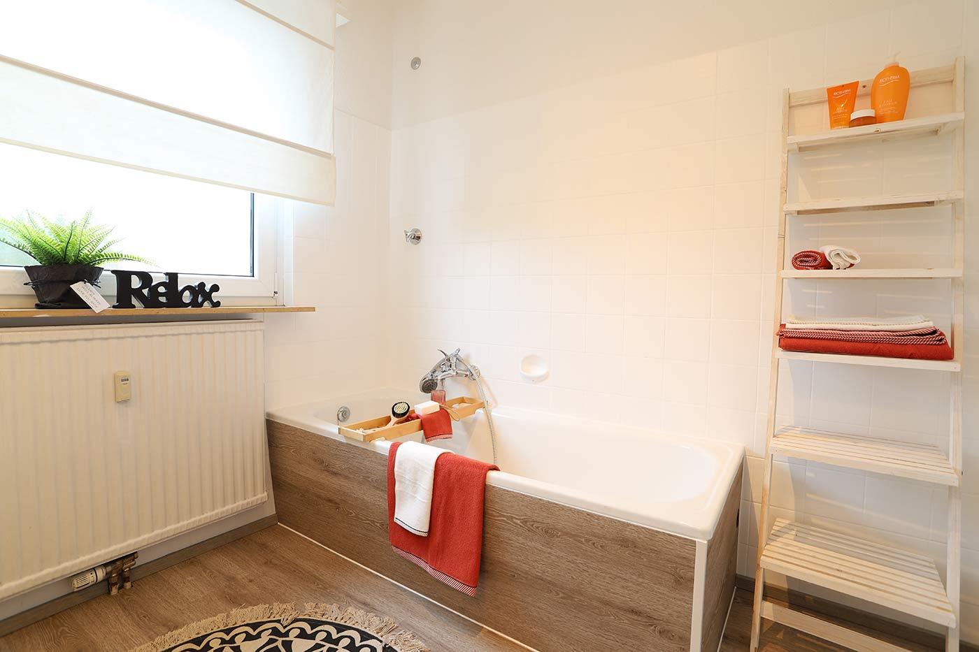 Homstaging für das Bad/Badewanne durch Blickfang Homestaging
